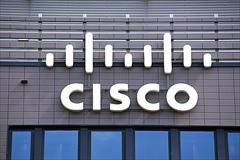 digital-appliances pc-laptop-accessories network-equipment (Router CISCO 1841)