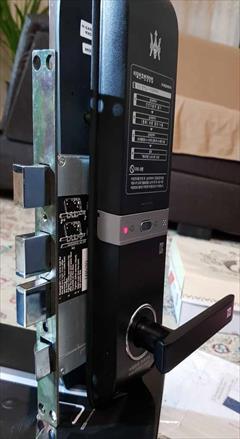 services construction construction نمایندگی قفلهای دیجیتال و کنترل تردد پرسنل