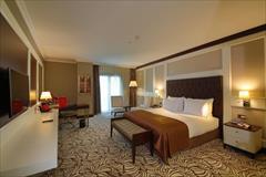 tour-travel travel-services travel-services  تور ۵ روزه استانبول  هتل 5 ستاره (ٌRamada Merter