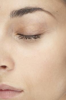 کرم برای جلوگیری از چروک دور چشم <br/>کرم رفع فوری چروک پوست<br/>کرم از بین بردن چروک صورت<br/> کرم رفع کننده چین و چروک <br/>بهترین کرم ضد چروک وپف دور چشم الارو buy-sell personal health-beauty