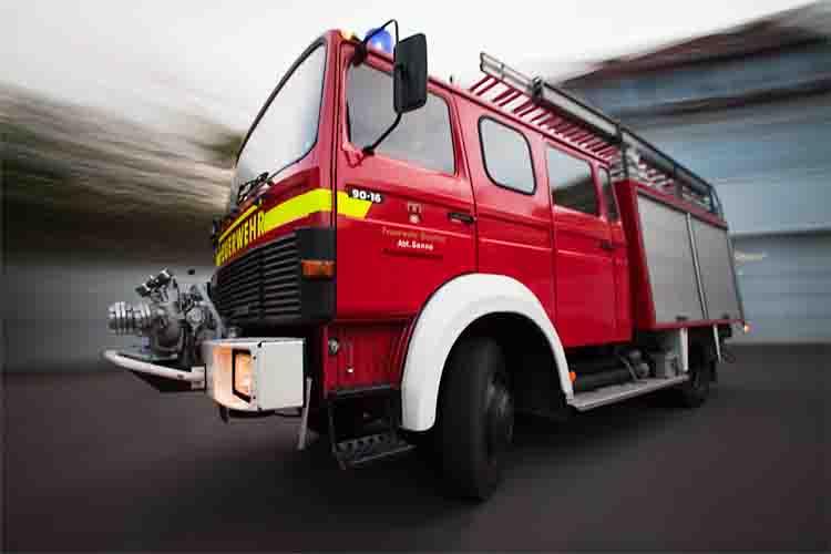 تولید قطعات ماشین های آتش نشانی همچون PTO ، پمپ آتش نشانی ، درب کرکره خودرو های آتش نشانی وتعمیر و باز سازی ماشین های آتش نشانی مشاوره ، طراحی ، اجرا  motors cars-trucks volvo-other