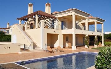 فروش ویلا  لب دریا در شهرک  دریاکنار و خزرشهر<br/>با ما تماس بگیرید<br/>شکری 09111199557<br/>www.bankvilla.ir<br/> real-estate land-for-sale land-for-sale