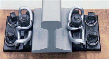 تولید انواع اتصالات و متعلقات خطوط ریلی معادن<br/><br/>تولید بغلبند ریل ، کفشک ، پولک ،پابند ،کلمپ، تراورس آهنی<br/>انواع پیچ و مهره مخصوص ریل<br/>ریل خم کن دستی و ه industry mine mine