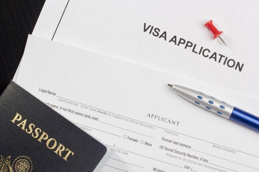 اخذ خدمات برای سفارت ها شنگن<br/>رزرو قطعی هتل <br/>رزرو بلیط هواپیما<br/>رزرو اتومبیل در کشور مقصد<br/>بیمه مسافرتی<br/>ترجمه مدارک<br/>اجاره یا رزرو آپارتمان. هاستل. فلت<br/>پر tour-travel travel-services travel-services