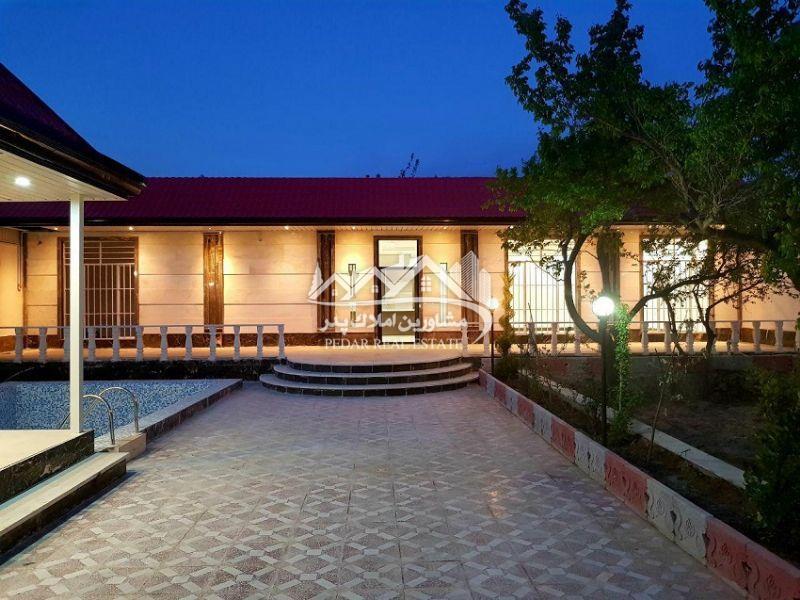 ۱۰۰۰ متر باغ ویلا در منطقه باغ ویلایی لم آباد ملارد<br/>۱۵۰ متر ویلای لوکس و نوساز دو خوابه<br/>استخر روباز کاشی شده با تاسیسات کامل<br/>محوطه سازی و نورپردازی و  real-estate land-for-sale land-for-sale
