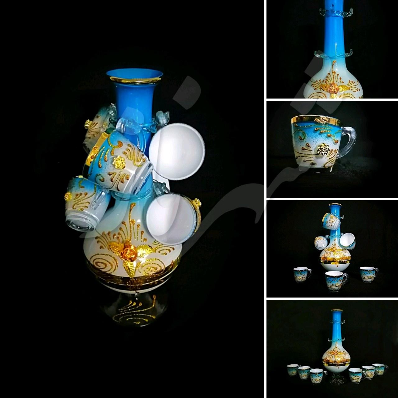 شهرناز، شهریست پر از زیبایی<br/>گلدان درختی<br/>رنگ:آبی فیروزه ای، طلایی و سفید(لب فیروزه ای) <br/>جنس گلدان از شیشه است<br/>و رنگ آن کوره ای نیست<br/>قیمت یک دست:۵۵.000<br/> buy-sell handmade other-handmade