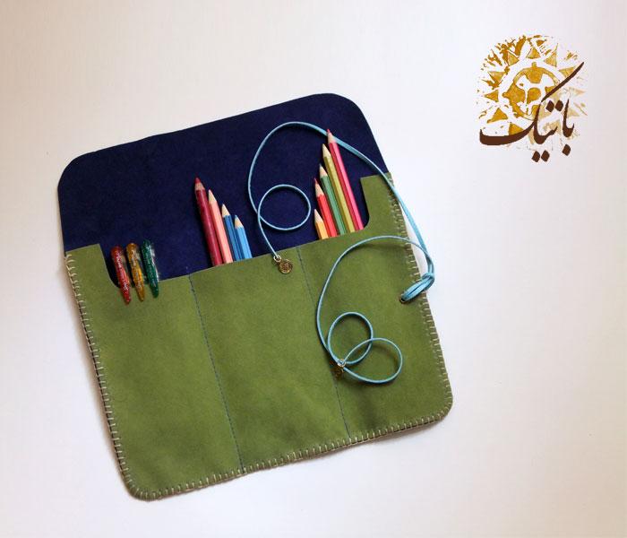 جامدادی دست ساز اشبالت آبی سبز (فروخته شد) - این کالا را میتوانید سفارش دهید و ۱۰ روز بعد تحویل بگیرید. <br/>برای سفارش کالا لطفا از طریق ایمیل مشخصات و ت buy-sell handmade handmade-personal