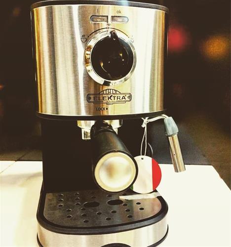 فروش ویژه اسپرسو خانگی به تعداد محدود <br/>دستگاه الکترا با قدرت 20بار فشار همراه دو دسته گروپ تک و دوبل و تمپر و پیچر<br/><br/>شماره تماس: 09128179251 buy-sell home-kitchen kitchen-appliances