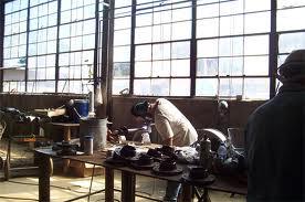 ساخت ماشین آلات صنایع بازیافت،ماشین آلات تجهیزات ساختمانی،انواع حمل کننده ها و جر ثقیل های سقفی،و ماشین آلات صنایع کشاورزی از جمله ماشین تمام اتوماتیک services industrial-services industrial-services