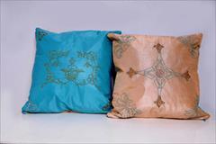 کوسن دورو سوزن دوزی -ملیله دوزی شده تمام دست دوز با ابعاد 30×30 تلفیقی است از هنرهای ملیله دوزی و سوزن دوزی که با استفاده از ملی buy-sell home-kitchen furniture-bedroom