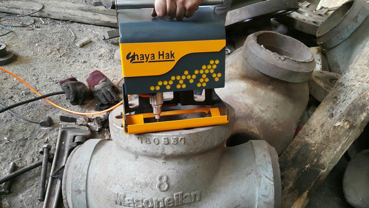 شایا حک اولین و تنها تولیدکننده دستگاه حکاکی پرتابل دسته تفنگی در ایران است که دارای محور Z دقیق میباشد و تمامی عملیات های حکاکی را بدون نیاز به کامپی industry industrial-machinery industrial-machinery