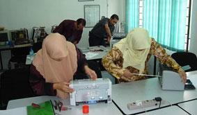 بزرگترین و حرفه ای ترین آموزش تعمیرات پرینتر printer در ایران<br/>** رنگی ، سوزنی ، لیزری **<br/><br/>کار در کارگاه تعمیرات با بیش از 50 مدل پرینتر و دستگاه جدید<br/> services educational educational